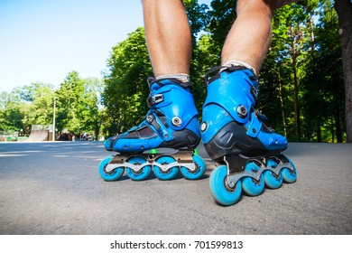 Close up of Inline roller skater ready to start.