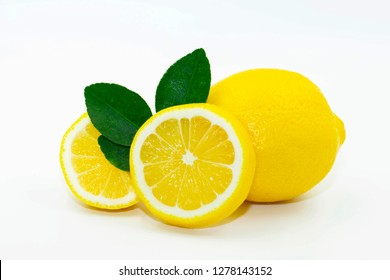 close up lemon and lemon slice circle on the white background