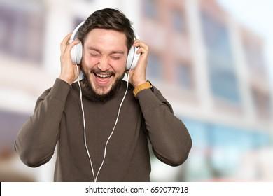 Close up of man wearing headphones