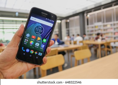 Close up of Motorola G5 Plus with Pure Android 7.0 Nougat in Library. Bangkok Thailand. 20 May 2017