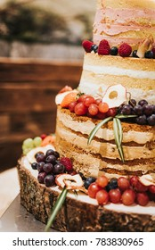 Close up of a naked cake for a wedding party