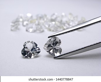close up natural Ceylon white diamond heart shape cutting for gold jewelry