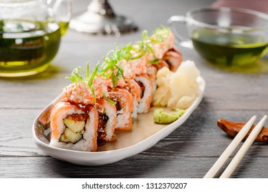 Close up on maki rolls