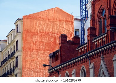 Close up picture of brick buildings in the city of Bilbao.