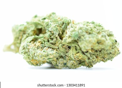 close up picture of cannabis marijuana bud white widow strain sativa