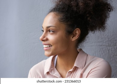 Close up portrait of a beautiful african american woman smiling