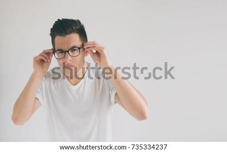 Tiny teen cant handvat grote lul