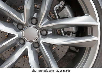 Close up of rims from a sportscar