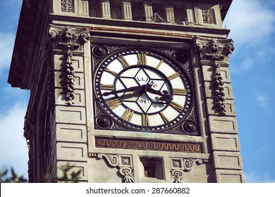 close up shot of a clock on Brighton clock tower, LLING, 1987