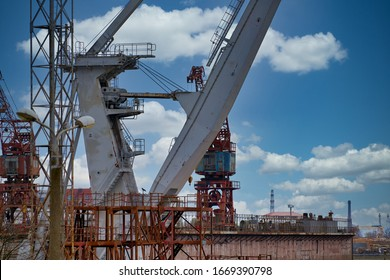 Close up shot of a crane at a harbour.
