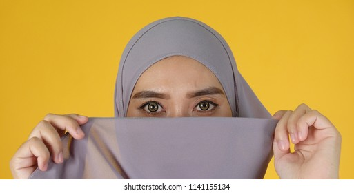 Close up shot of muslim women with hijab