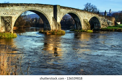 Close shot of Stirling Bridge with Wallace Monument in the background