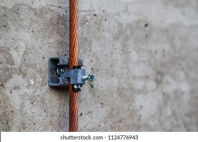 close up system lock of safety copper ground rod use for protection electric leakage in electrical work