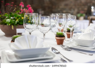 Close up of a table at the dining hall