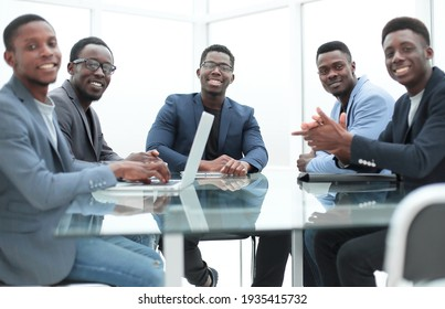close up. business team at a working office meeting.