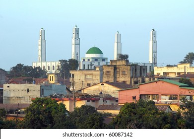 A close up view of the mosque in Labe in Guinea