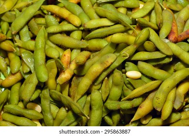 closed up of japanese green soybeans