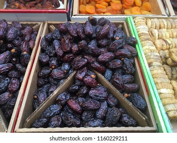 Closer looking at dried dates.
