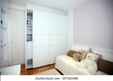 Closet with two sliding doors