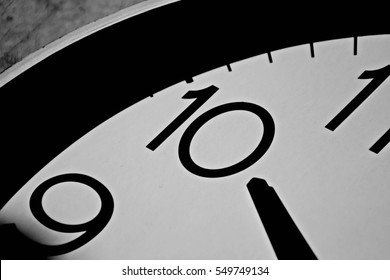 closeup at 10 o'clock - monochrome