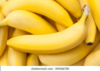 Closeup of a bundle of bananas in natural light