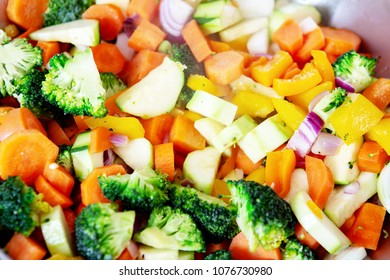 closeup of cooked colorful mixed vegetables in pan