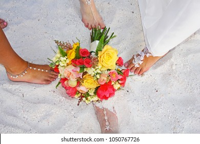 Beach Wedding Foot Jewelry Images Stock Photos Vectors Shutterstock