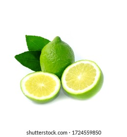 Closeup Fresh lime and citrus-fruit of lime slices with green leaf isolated on white background