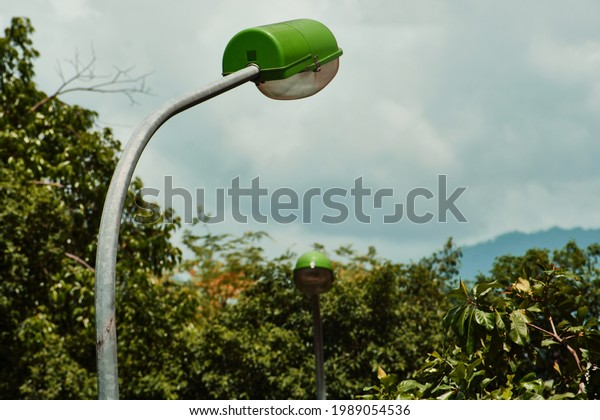 closeup-lamp-post-middle-forest-600w-198