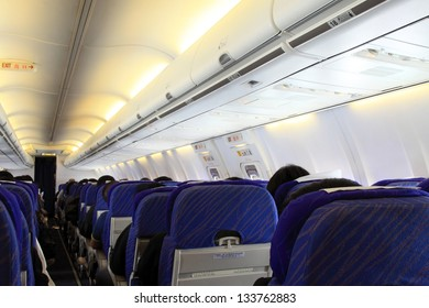 closeup of pictures, Boeing 737 airliner cabin
