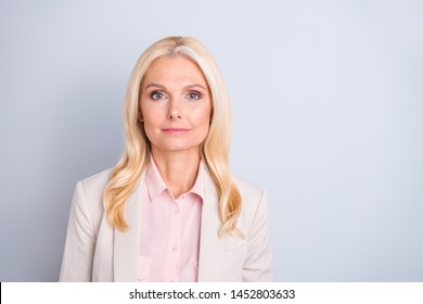 Close-up portrait of her she nice attractive charming stylish confident calm serious wavy-haired lady skilled hr manager finance tax specialist isolated over light white gray pastel background