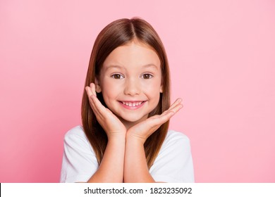 Close-up portrait of her she nice-looking attractive lovely healthy glad cheerful cheery foxy ginger girl enjoying good mood idea solution isolated on pink pastel color background