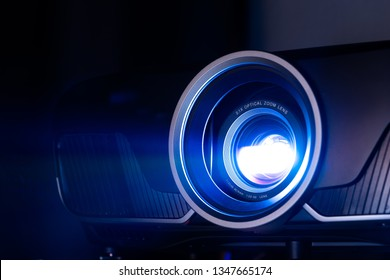 Closeup projector for cinema and presentation
