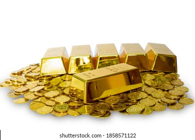 Closeup shiny gold bullion bar 1 kg on the lot of stack gold coin with clipping path