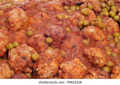 closeup of spanish meatballs stew