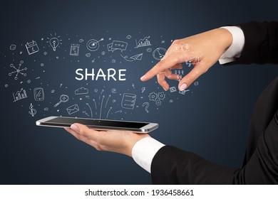 Nahaufnahme eines Touchscreens, Konzept sozialer Medien