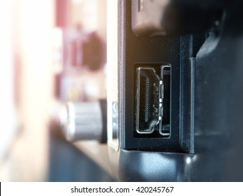 Close-up TV HDMI input