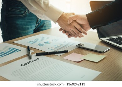 closeup.handshake business partners agree to contract Real Estate Venture International trade,contract investment in meetings vision to invest for profit