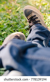 Cloth shoes with grass