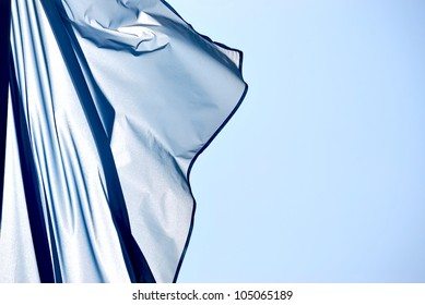 Cloth in the wind