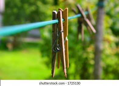 Clothes pins on clothes line in yard