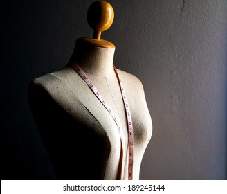 Clothing mannequin