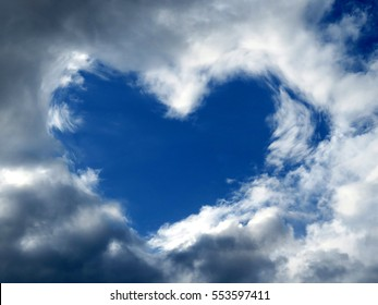 A cloud in the form of heart in the sky