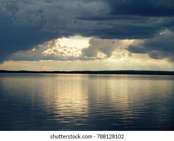 Clouds across the lake - Yellowstone National Park, USA