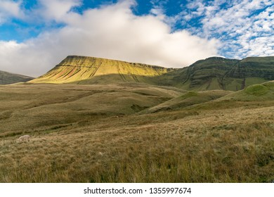 Clouds over the Bannau Sir Gaer (Picws Du) in the Carmarthen Fans in Carmarthenshire, Dyfed, Wales, UK