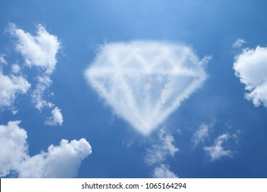 Clouds shaped like a Diamond.