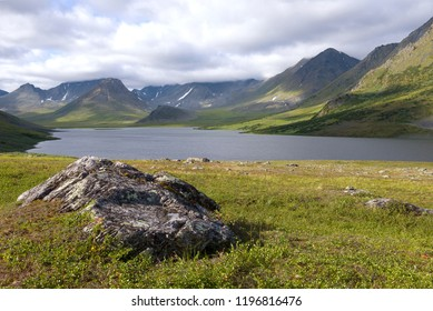 Cloudy August day over the Big Hadatayoganlor lake. Yamal, Russia