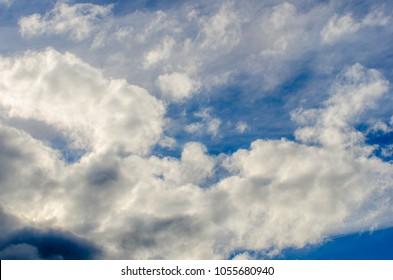 cloudy dark skay