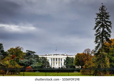 A cloudy grey day at the White House in Washington DC