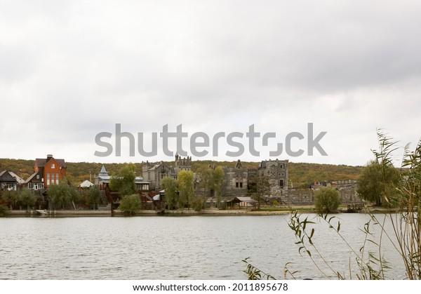 cloudy-river-landscape-old-castle-600w-2